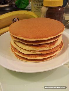 Dugo sam tražila dobar recept i moram priznati da su ovo najsavršenije american pancakes koje sam probala... :) Mislim da će se svima sviđati. Jako su mekane. Odlične i drugi dan :)