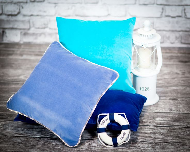 A touch of blue. Buy at http://sklep.colorforhome.pl/