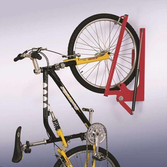 die besten 25 garage fahrradhalter ideen auf pinterest fahrradabstellraum wandmontierter. Black Bedroom Furniture Sets. Home Design Ideas