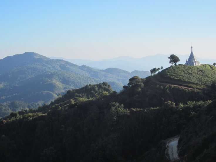 KYAUKME TREKKING WITH THURA - MYANMAR