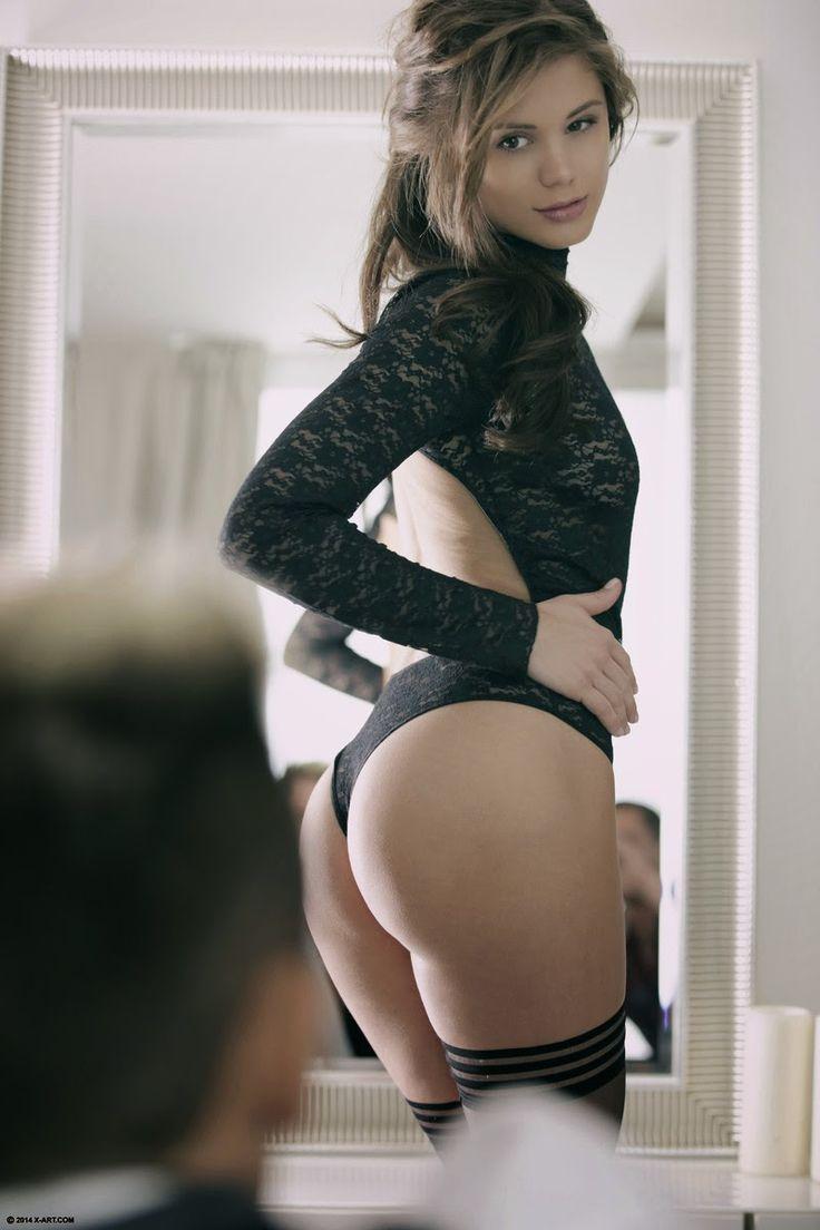 hot naked girls wide anus