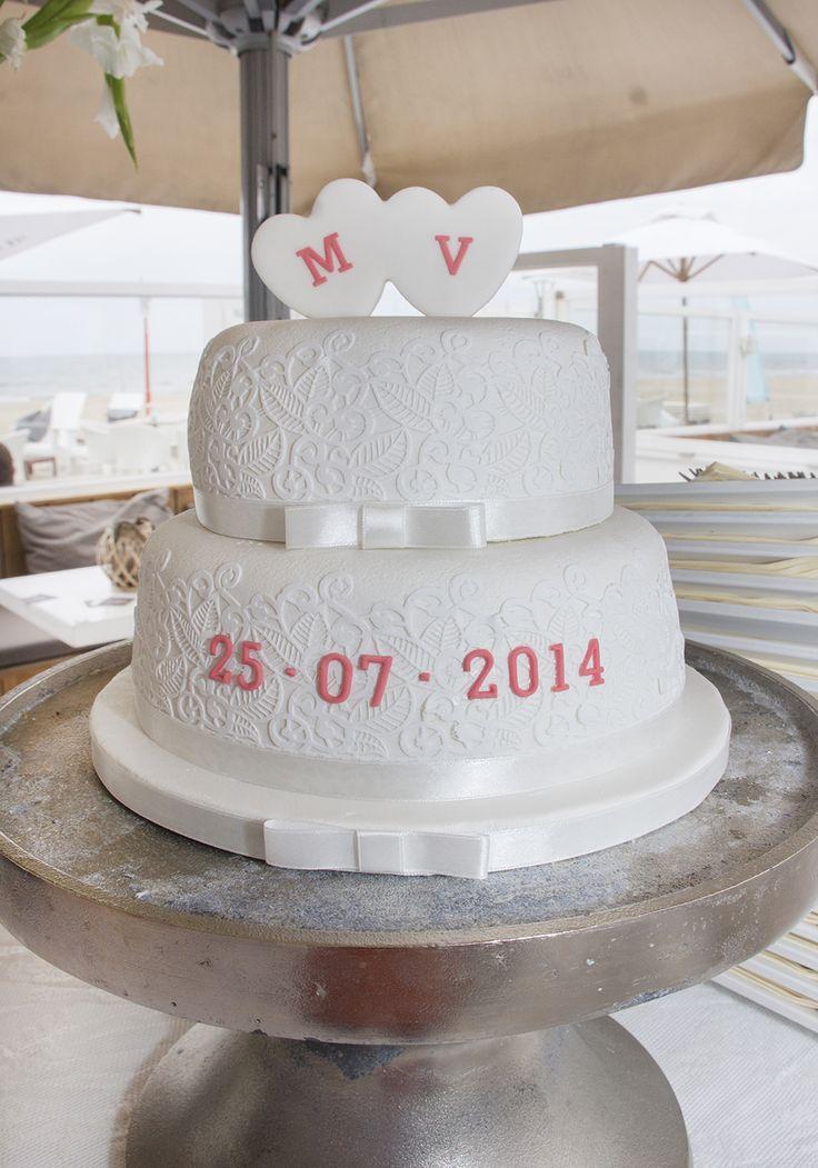 Wow! Simpel en prachtig #bruidstaart #weddingcake