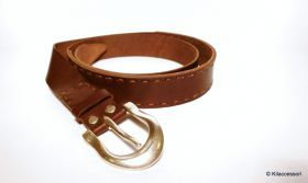 Classic belt Cowhide leather belt, reinforced with partial hand stitching. Buckle made of antique silver. #artigianato #madeinitaly #cintura #belt #pelle #leather