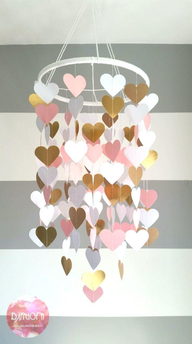 Handykarte in Form eines Herzens. Pink, Weiß und Gold. Dekorieren des Kinderzimmers Dekor …