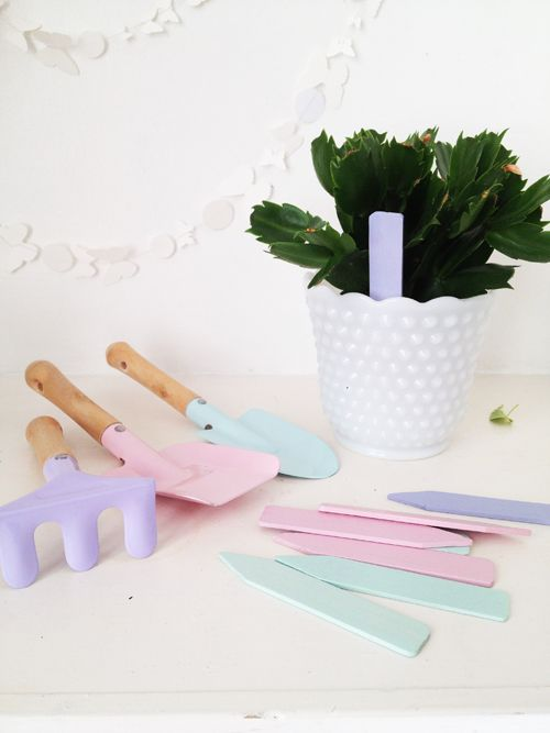 32 best images about grow little garden on pinterest for Gardening gifts for him