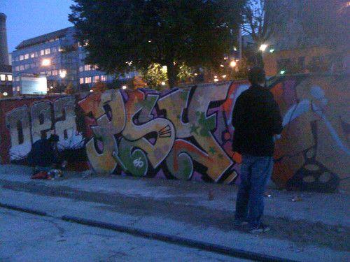 4 sept 2009 - Port de Tolbiac - Paris 13éme : De retour à Paname, une petite peinture entre 2 expos...  Dealight, Psy ,Nasty.... un peu de couleur dans ce monde tout gris!  Nolimit.... | psyckoze