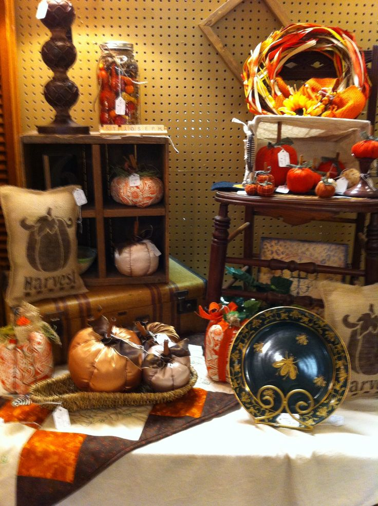 Fall Decor From Dealer 101 At The Rusty Chandelier