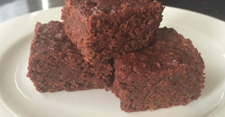 Paleo Date Brownies