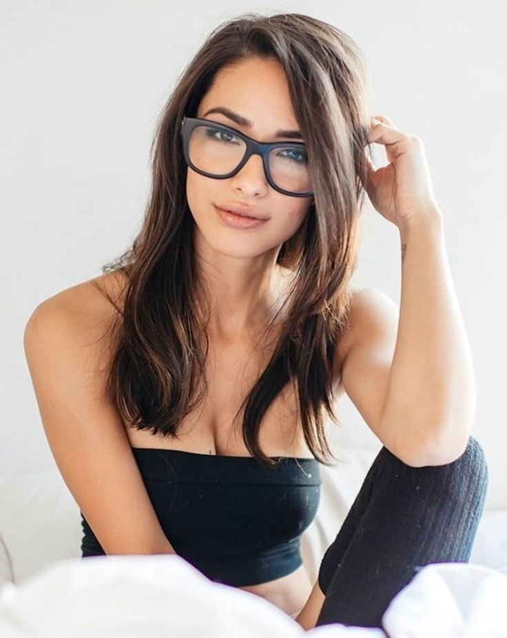Young nude women with glasses, german school shaved pussy