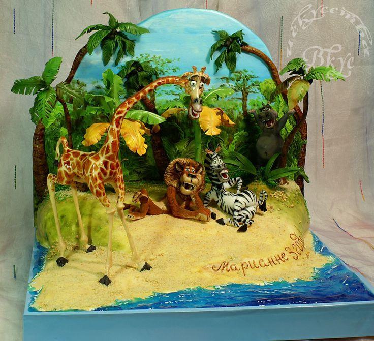 """- Cake on the cartoon """"Madagascar."""""""