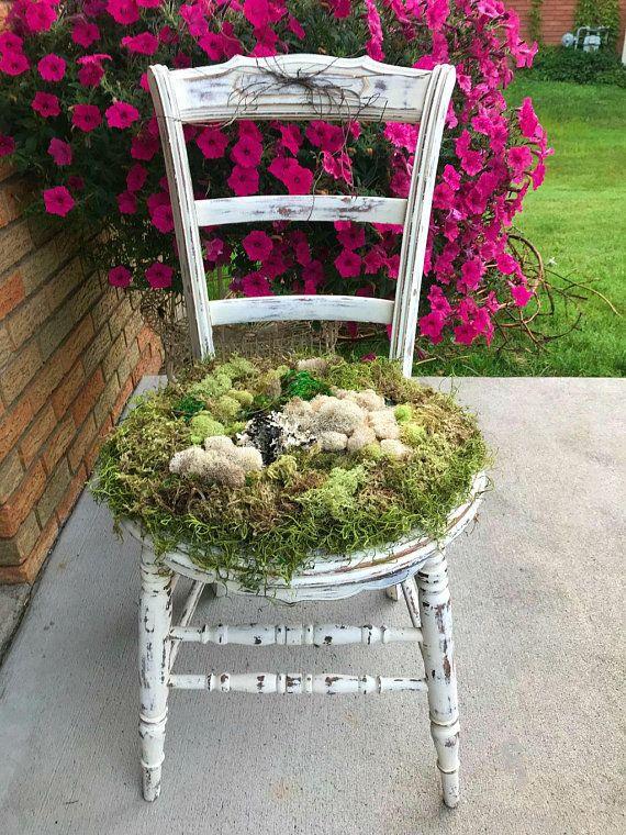 Moss Chair, Moss Covered Chair, Garden Chair, Vintage farmhouse chair, vintage chippy chair, vintage patio chair – Vendor booth