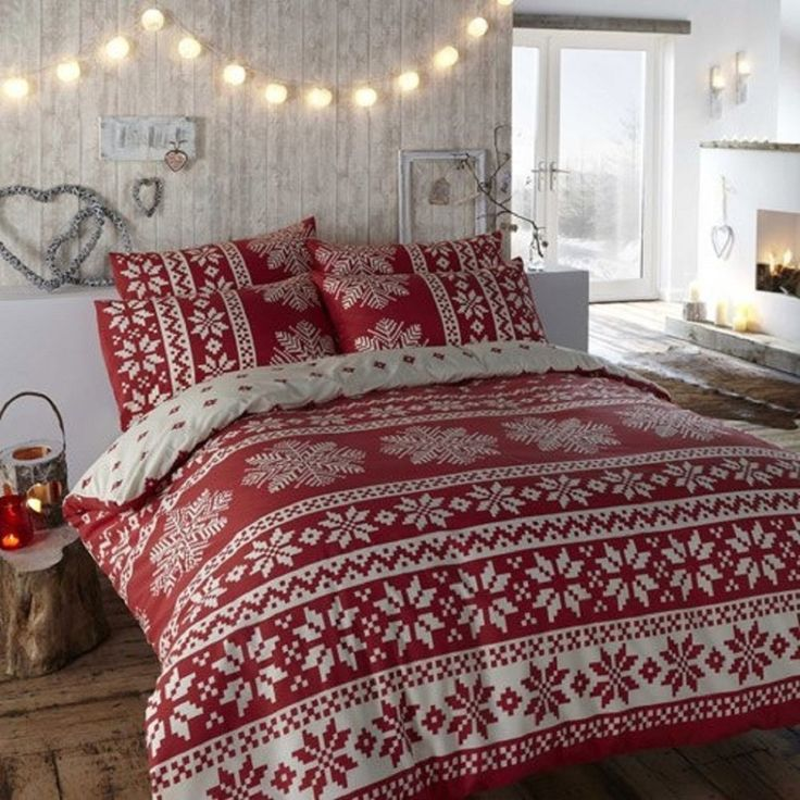 Best 25 christmas bedding ideas on pinterest christmas for How to decorate a red bedroom