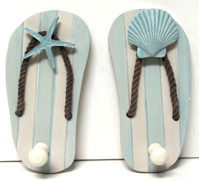 ღღ Wood Flip Flop Sandal Hooks with Starfish & Seashell - Coastal Towel or Coat Hooks - California Seashell Company