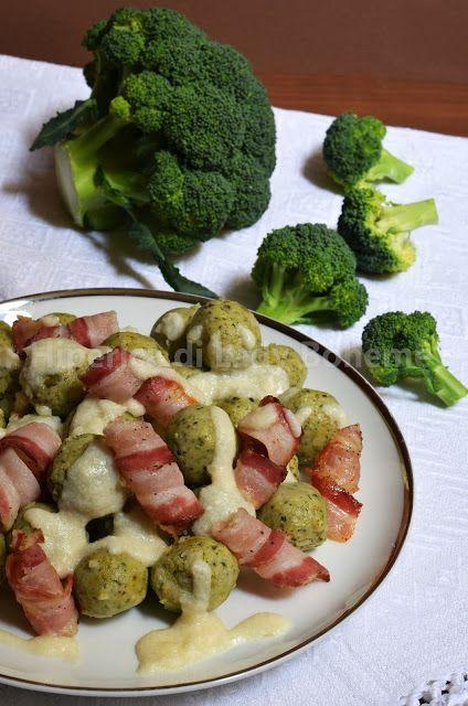Polpette di broccoli e ricotta con pancetta e fonduta di parmigiano (Broccoli and Ricotta Meatballs with Roasted Bacon and Parmesan Cheese Fondue)