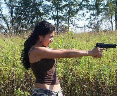 UTRUMQUE: Střílím bez varování. Pohádka lásky, Žena je původ...