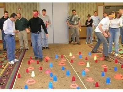 minefield. teambilding exercise.