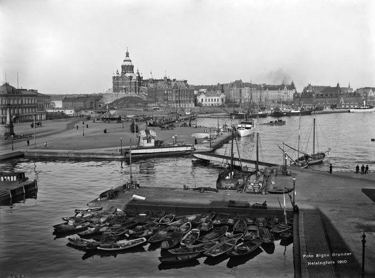 Eteläsatama, veneitä Kolera-altaassa