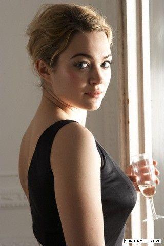 Trisha (Sophia Myles)
