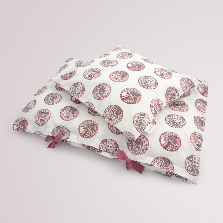 'Madhubani Pink' childrens bedding - 100% organic cotton GOTS Certified.