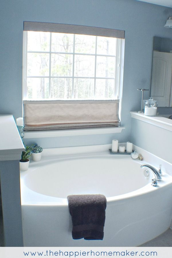 Stunning Melissa- Pretty beachy bathroom with top down roman shade from @BlindsDot Com  Yes !!!!!!!! We can do this love the color and lights #FDdreamhome