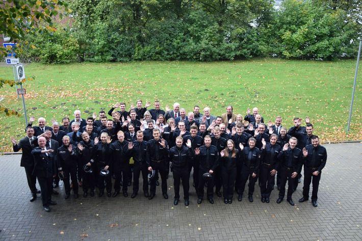 Neue Polizisten und Polizistinnen für die Polizeiinspektion Leer/Emden