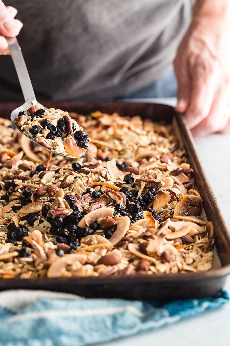 When aisha cooks how to make oatmeal custard my style aisha - Easy Homemade Blueberry Granola