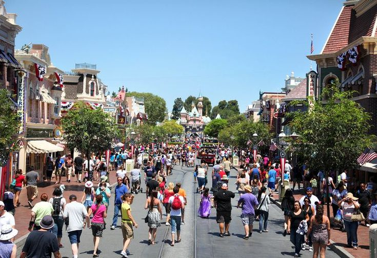 Are Disneyland Packages the Way to Go?