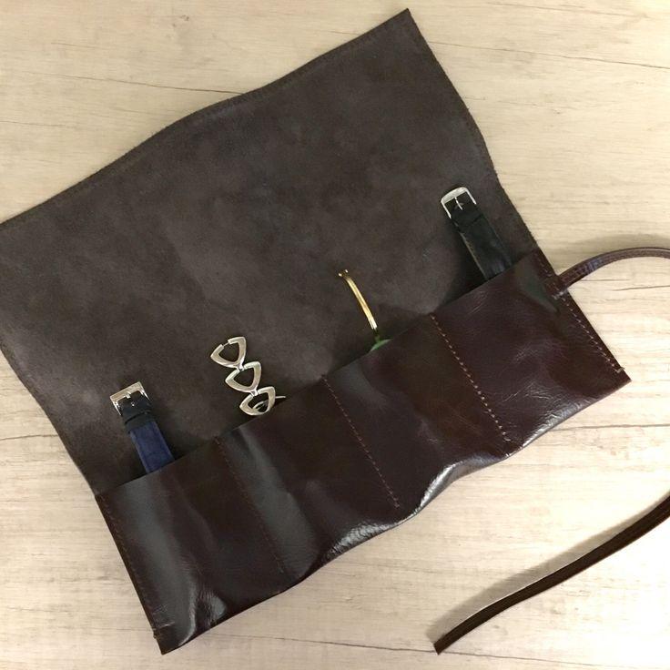 Un preferito personale dal mio negozio Etsy https://www.etsy.com/it/listing/285917835/custodia-in-pelle-per-orologi-custodia