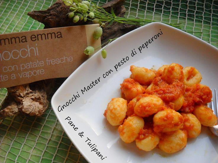 Gnocchi Master al pesto di peperoni. Mai assaggiato gli gnocchi ai peperoni? Peccato! Seguite la mia ricettina, sentirete come sono gustosi. http://blog.cookaround.com/vincenzina52/gnocchi-master-al-pesto-di-peperoni/