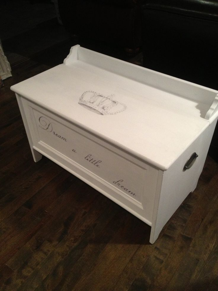 Ikea wooden storage chest painted with AS chalk paint in u0027Pure Whiteu0027 clear & 40 best Toy Boxes images on Pinterest | Toy boxes Cricut cards ... Aboutintivar.Com