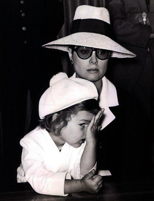 Carolina de Monaco and Grace Kelly