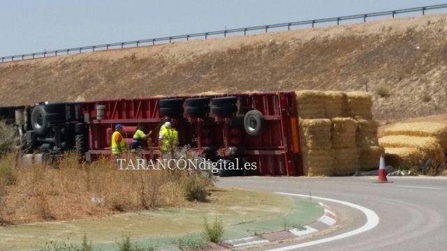 Vuelca un camión en Tarancón