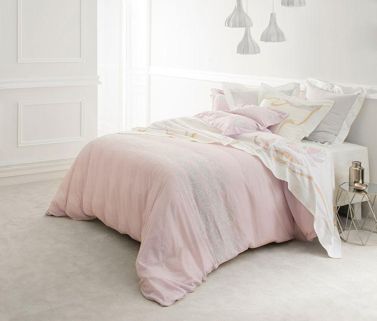 41 best images about l 39 art du lit par dumas on pinterest satin duvet covers and sheet sets. Black Bedroom Furniture Sets. Home Design Ideas