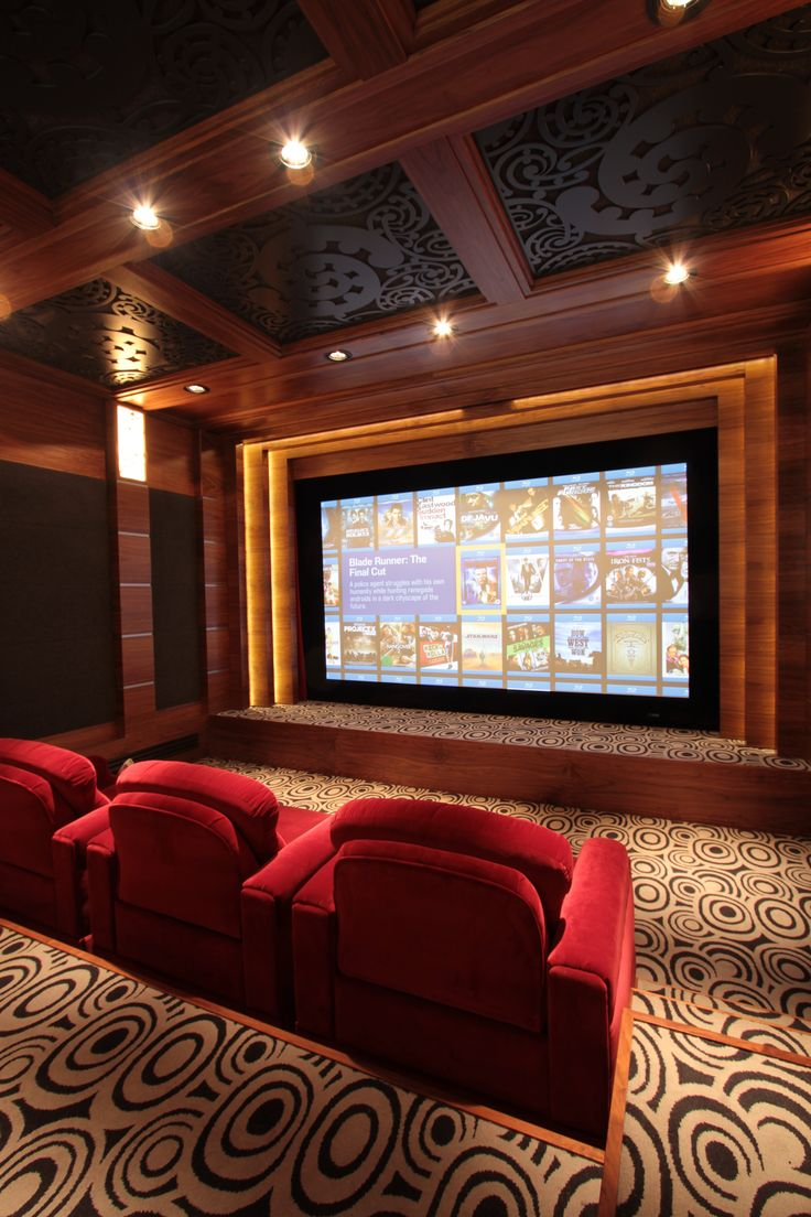 Home theater prestige/ Cinéma privé prestige Olivier et Cédric Arnaud-bour Art&Sound France. JBL synthesis Atlas, Screenresearch Thx, Runco, Kaleidescape, Oppo, Lutron, Amx, Fortress seating, Dbox.