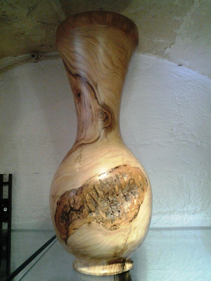 #vaso #legno #ulivo. #jar #olive #wood. #pot de #bois #olivier.