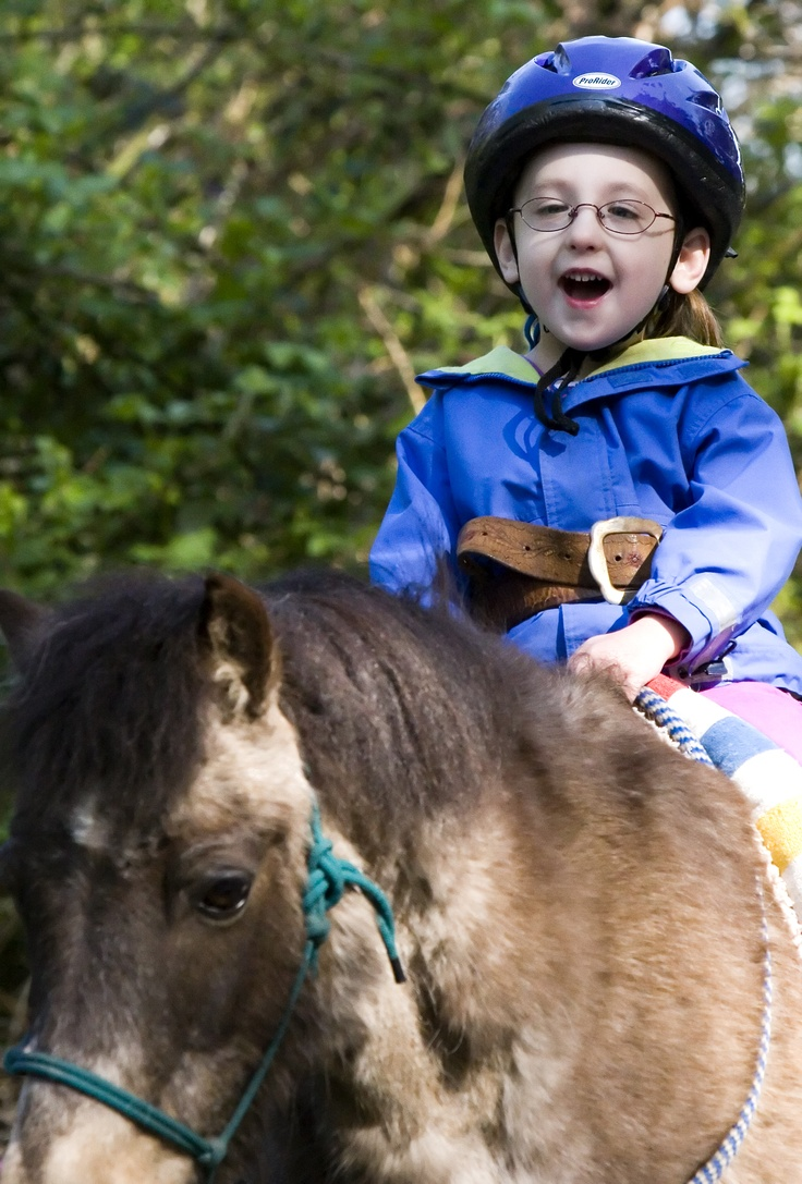 Horse equine physical therapy - Horses Help Really Helps Our Special Needs Kids How Precious Is This
