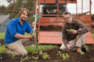 How to Construct a Veggie Garden - tips from Paul and Hugh from River Cottage Australia