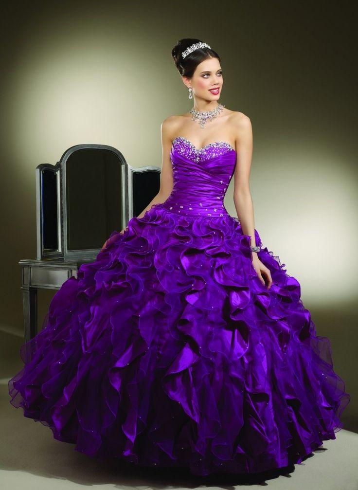 50 best Quincenearas dresses images on Pinterest | Quince dresses ...