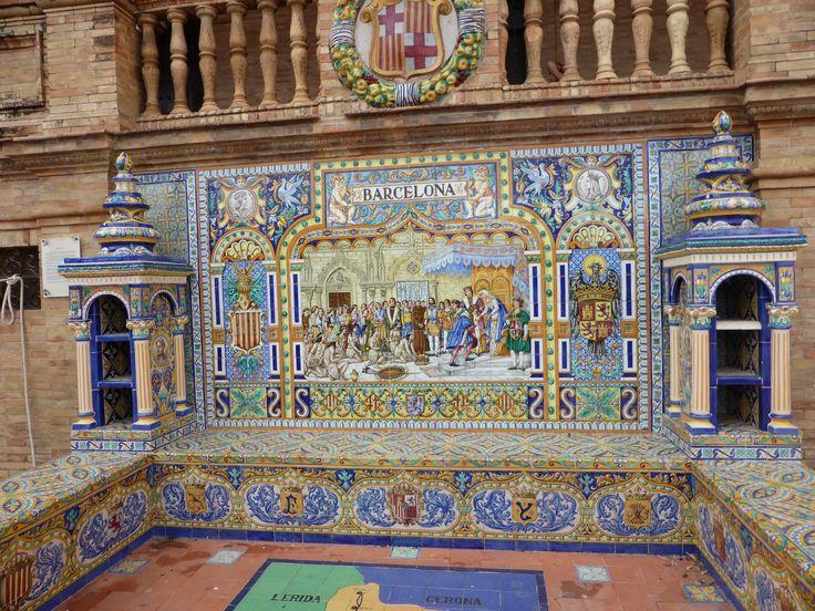 Ceramics on Spanish square in Sevilla