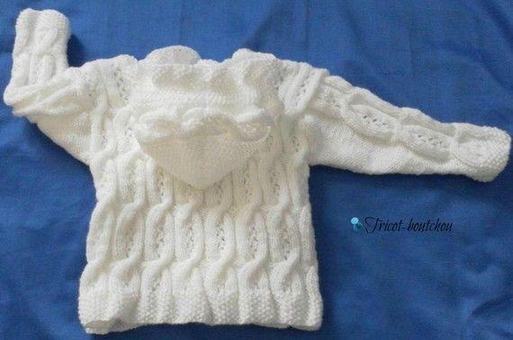 Gilet, veste de laine, blanc, capuche, 12/18 mois, tricoté main