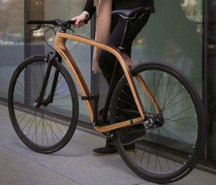 Tratar: hechas a mano en Eslovenia, estas bicicletas de madera de fresno combinan la mejor tradición artesanal con los últimos avances en ingeniería mecánica.