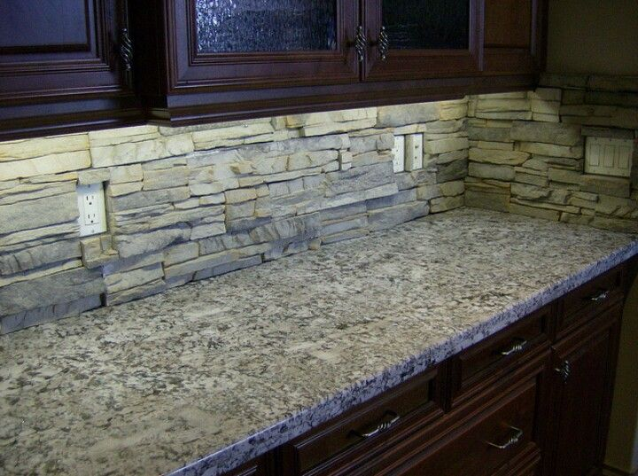 Kitchen Stacked Stone Backsplash