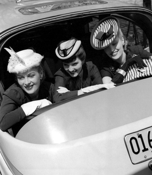 The Seductive Film Noir Fashion of the 1940s   Vanity Fair - Tony Frissell