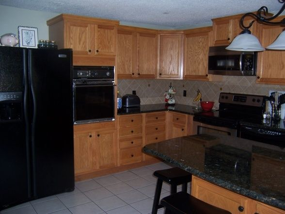 Inexpensive Update We Used The Existing Cabinets And