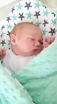 """""""Voici Camille notre petit garçon né hier matin et bien au chaud dans sa gigoteuse d'emmaillotage""""     - Aurelie"""