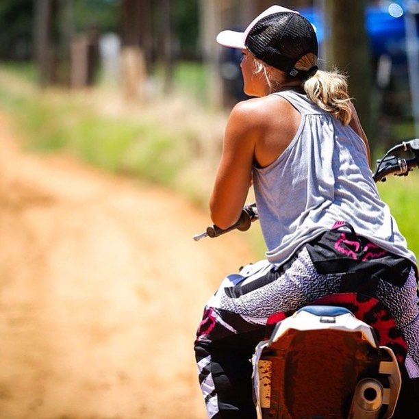 Motorcycle Women - motocrossgiirls (3)