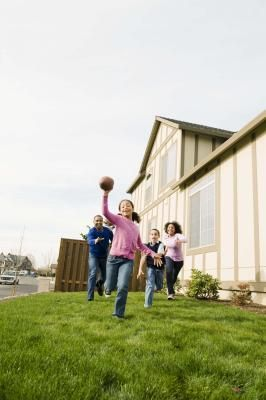 Family bonding time! Indoor and outdoor activities for young girls can be educational, sporty and fun. Check out my board for more sporty ideas for kids :D