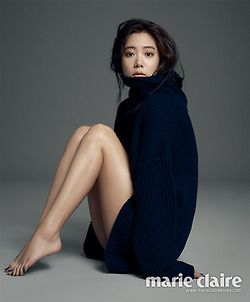Clara // Marie Claire Magazine January Issue '14 ★ Korean Portraiture