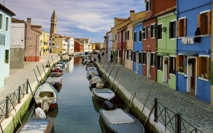 Canal in Burano, Venice: Spaces, Favorite Places, Canal Burano, Places I D, Wallpapers, Venice Italy, Travel, Landscape