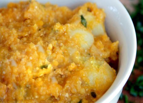 Este guiso de antaño forma parte de nuestro recetario criollo mas típico. Descubre acá como preparar la Receta  Tradicional Chilena de Papas con Chuchoca.